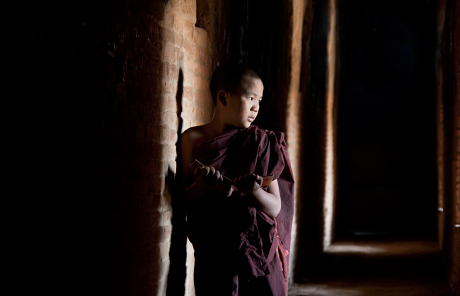 Portrait of a Burmese Novice Monk in Bagan (Bagan - Myanmar - 2013)