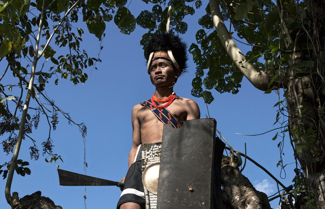 Lainong Naga warrior with his shield and his dao (traditional knife).