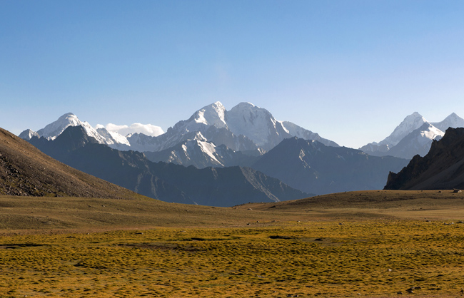 Panoramic view from the the Kotal-E Sargez plateau (4567m). Big Pamir - Afghanistan - 2014